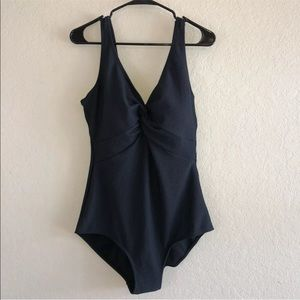 NWOT Swimsuits For All Aquabelle Black Suit 16